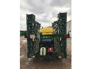 Sales Sprayers Sanz pulverizador arrastrado 3000litros Used