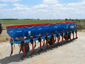 Buy Online Localizer Fertiliser Spreader  FUERTES fcd  second hand