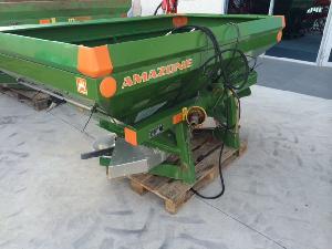Buy Online Mounted Fertiliser Spreader Amazone zam-premis  second hand