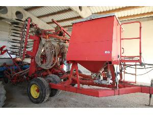 Buy Online Till Seed Drill Kverneland accord dg 6  second hand