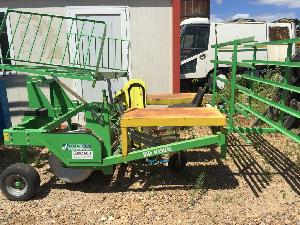 Sales Green Vegetable Transplanter Hortech h2 141 Used