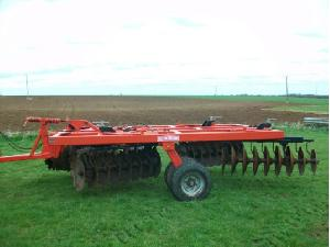 Sales Disc harrows QUIVOGNE apx tl 32 Used