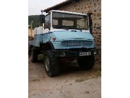 Camiones cisterna UNIMOG U1150 Mercedes-Benz