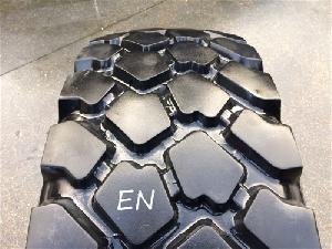 Comprar online Neumáticos Agrícolas MICHELIN 395/85r20  xlz 168g (15.5/80r20) tl used en de segunda mano