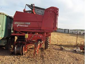 Venta de Cosechadoras de patatas Kverneland un2100 usados