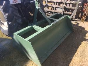 Venta de Cuchillería para equipos para trabajo del suelo Desconocida trailla cuchilla - cajon usados