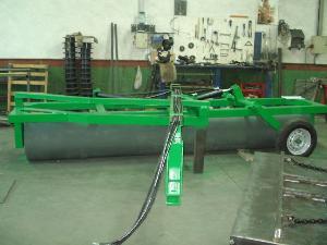 Venta de Rodillos Desconocida rulos hidraulicos y desbrozadora usados