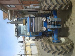 Venta de Tractores agrícolas Ford new holland 8210 usados