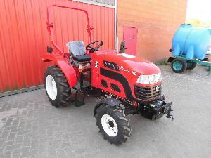 Comprar online Tractores agrícolas DONG FENG pacco 30 de segunda mano