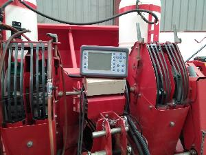 Comprar online Plantadora de patatas Underhaug up-3717 h de segunda mano