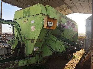 Mezcladores autopropulsados verticales Tatoma MCP-08 PICADORA DE PAJA
