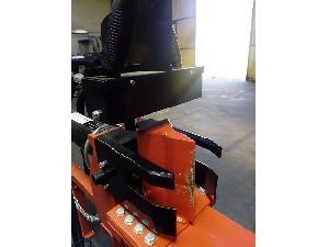 Verkauf von Erdbohrer Briggs & Stratton XR950 partidor de troncos de madera gebrauchten Landmaschinen