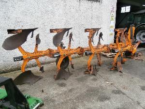 Verkauf von Gezeichnet Pflüge Kuhn vard gebrauchten Landmaschinen