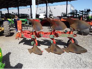 Verkauf von Schar-Pflüge und Grille Vogel Noot  gebrauchten Landmaschinen