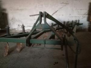 Verkauf von Pflüge von Bestechung Unbekannt 12 cuerpos gebrauchten Landmaschinen