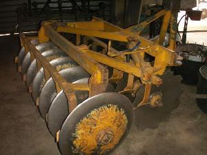 Verkauf von Scheibenpflüge Tractomotor  gebrauchten Landmaschinen