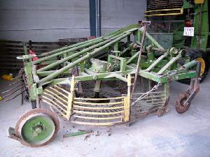 Verkauf von Digging Rüben Matrot  gebrauchten Landmaschinen