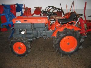 Acheter en ligne Micro-tracteurs / Mini-tracteurs Kubota b-7000-dt  d'occasion