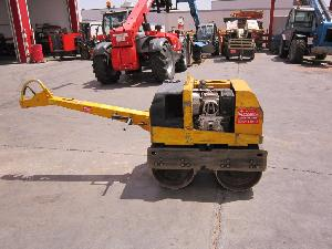 Offres Rouleau compresseur Wacker rodillo lanza  750 kg d'occasion