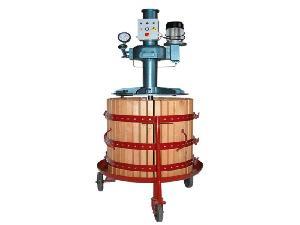Venta de Torchio INVIA prensa hidrÁulica usados