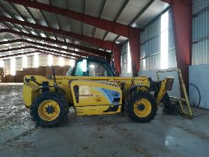 Venda de Carregadoras telescópicas New Holland lm 1745 turbo usados