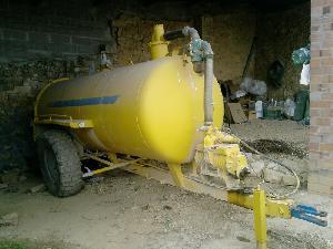 Venda de Tanques de lamas Rigual  usados