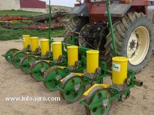 Comprar on-line Semeador monogrão Desconhecida sembradora girasol 6 surcos de precision em Segunda Mão