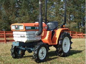 Venda de Tractores Kubota b-1502-dt usados