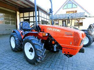 Venda de Tractores Goldoni euro 45 rs allrad traktor usados