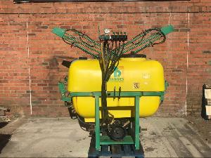 Venda de Pulverizadores Benavides pulverizador suspendido usados